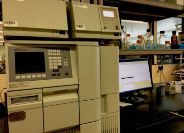 Computer and HPLC